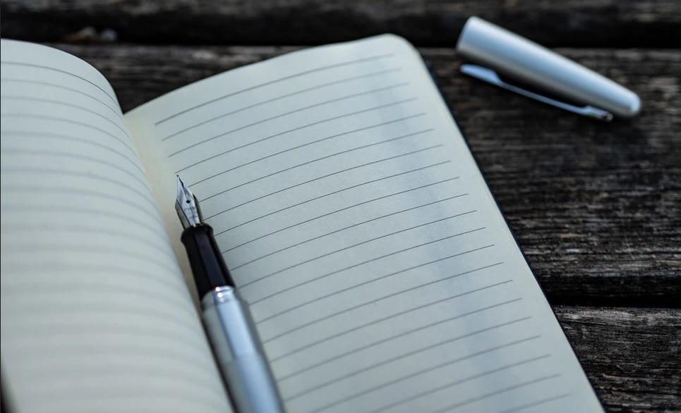 Aktivnost vseh udeležencev najlažje dosežemo tako, da vse naenkrat povabimo k zapisovanju svojih misli o določenem vprašanju.